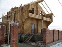Тем не менее самостоятельное возведение такого дома сопряжено